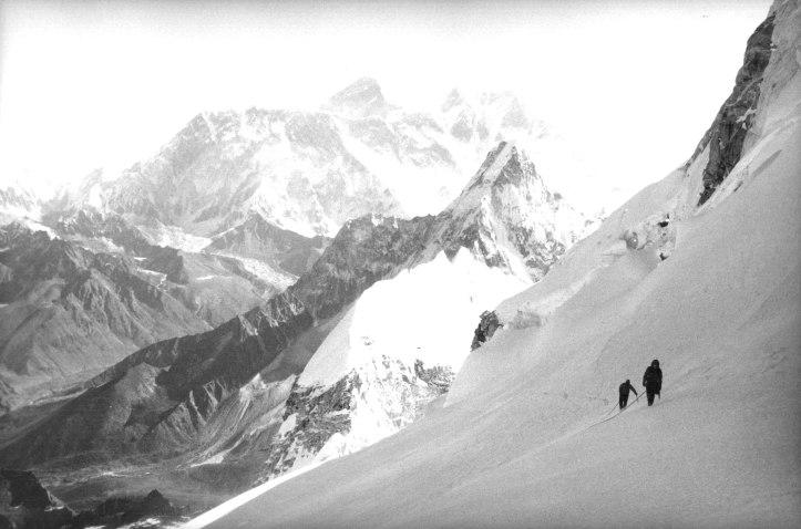 climbers_on_kangtega_-_1986